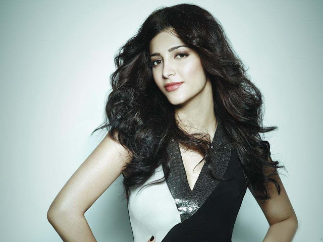 Shruti Hassan in 7aum Arivu