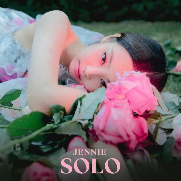 Download Lagu Jennie Solo Free Mp3: JENNIE - SOLO Mp3 - Igeo K-Pop