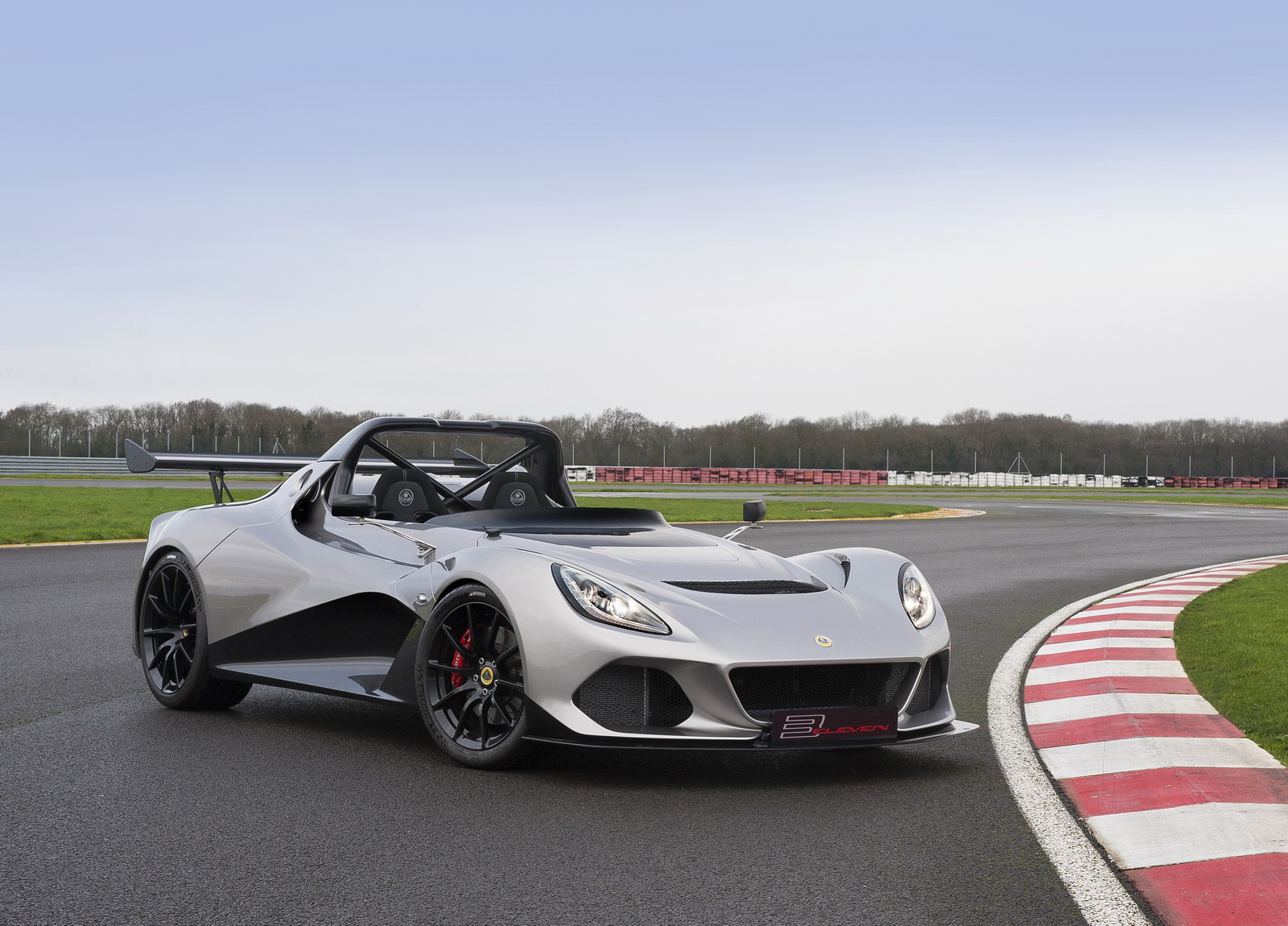 Seeing The Fastest And Most Expensive Cars Of Lotus