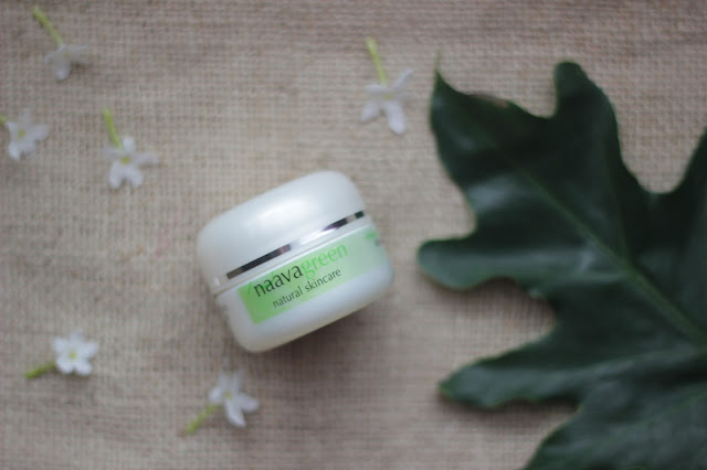 Review herbal acne Naavagreen