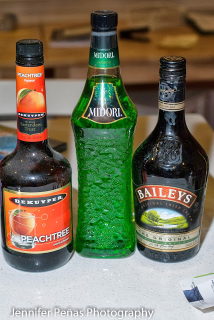 halloween cocktail, midori, melon liqueur, peach schnapps, Baileys, Irish Cream liqueur