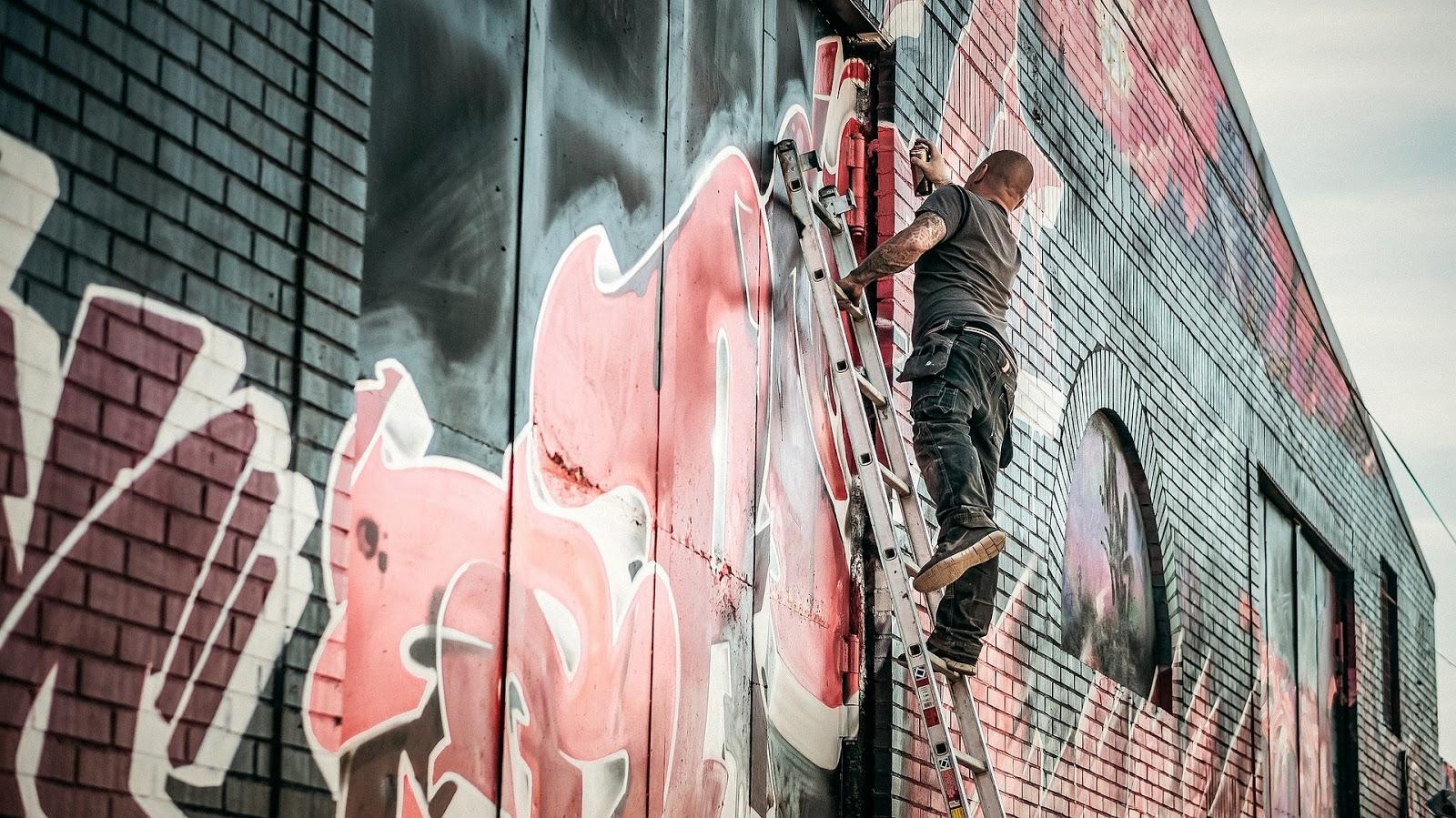 """""""GRAFFITI MOON"""" CATH CROWLEY – RECENZJA przedpremierowa"""