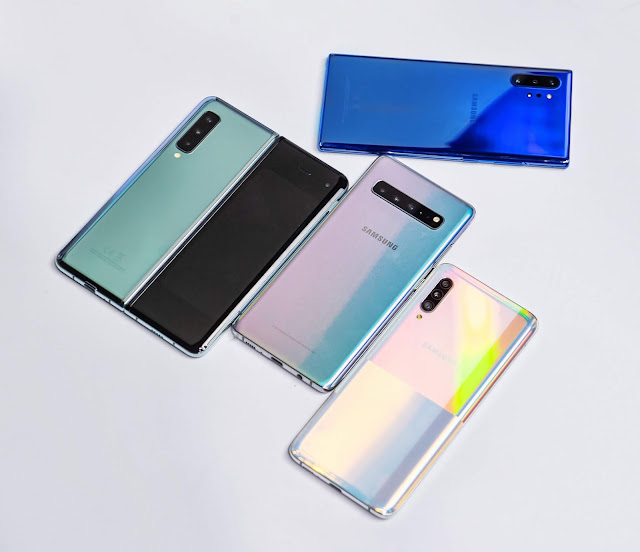 Galaxy Fold (左上)將可能成為三星在台灣上市的首款 5G 手機
