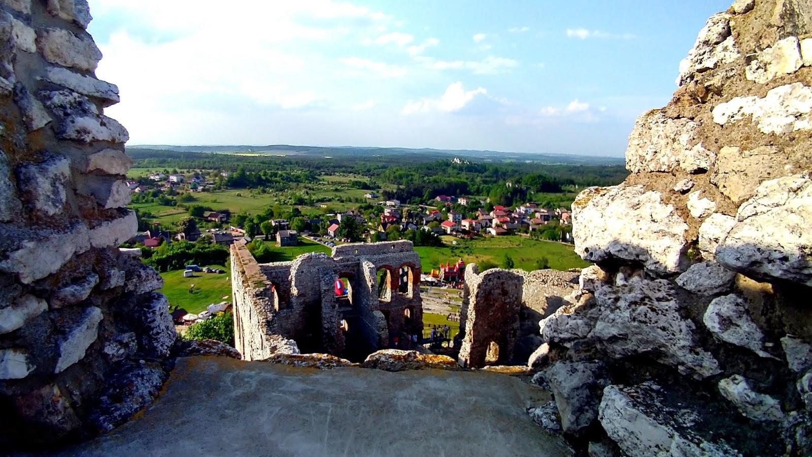 widok z zamku w Ogrodzieńcu