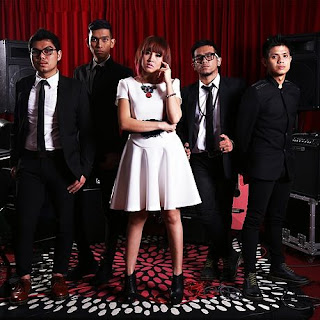Lirik : Sakura Band - Melepaskanmu (OST. Bidadari)