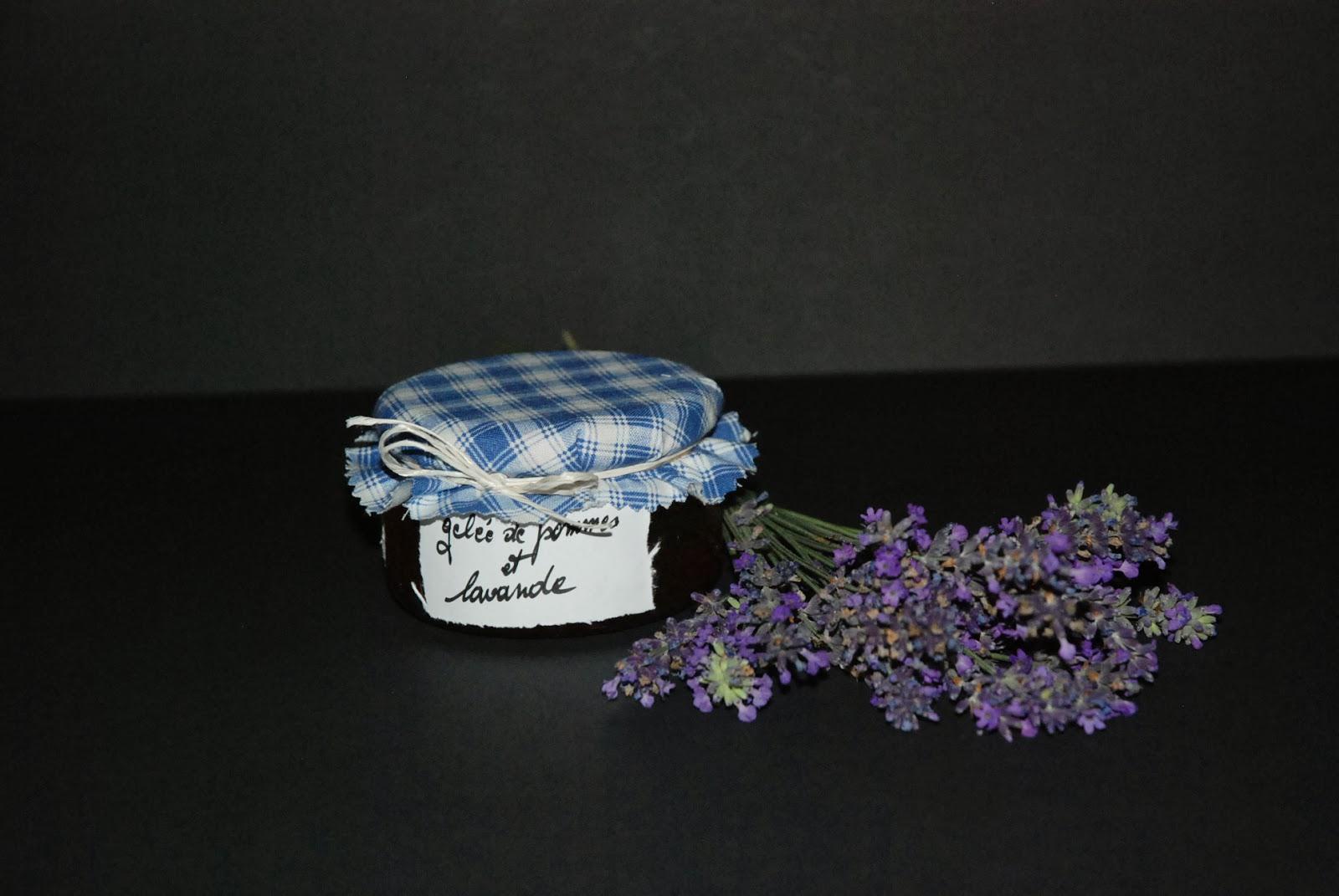 les confitures de marleen gel e de pommes et son bouquet. Black Bedroom Furniture Sets. Home Design Ideas