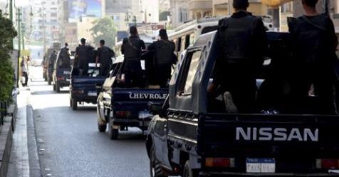 إحالة 8 ضباط شرطة للمحاكمة