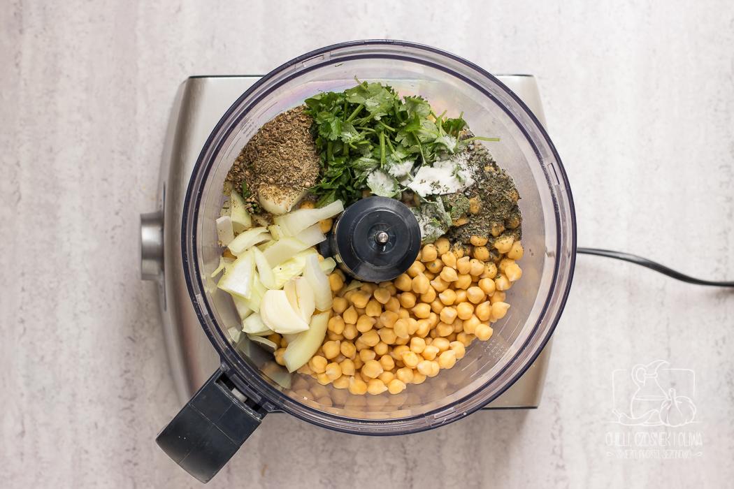 Jak zrobić tradycyjne falafele? Przepis krok po kroku / Chilli, Czosnek i Oliwa