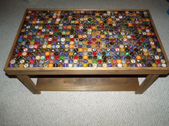 Desain meja unik dengan finishing epoksi
