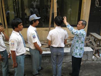 guru dipenjara karena cukur murid