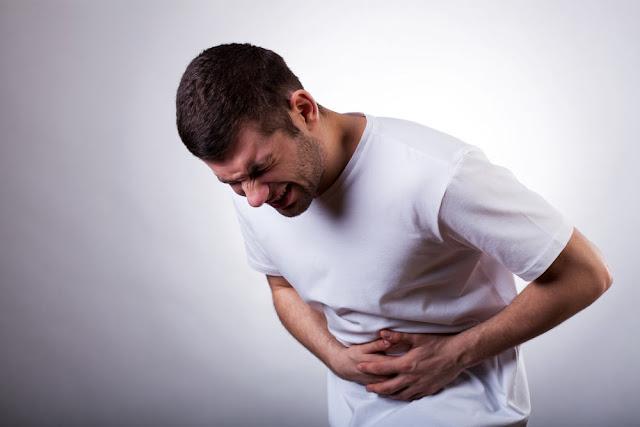 11 Hal Penyebab Sakit Perut yang Umum Terjadi