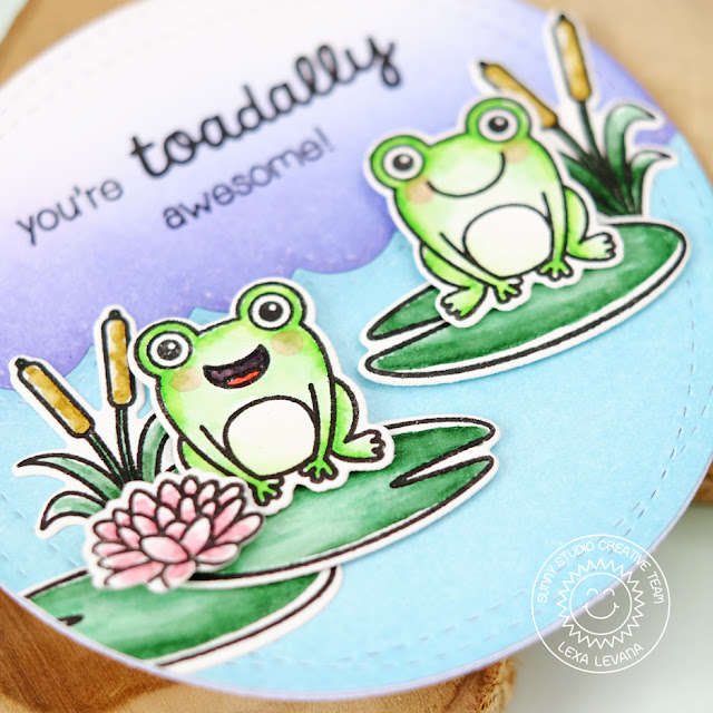 Sunny Studio Stamps: Froggy Friends Circular Frog Card by Lexa Levana