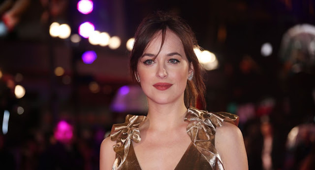 Dakota Johnson at 'How To Be Single' London Premiere