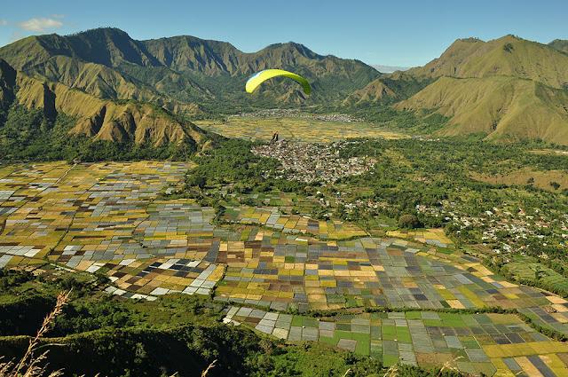 Bukit Pergasingan, Spot Paralayang Lombok Sumbawa
