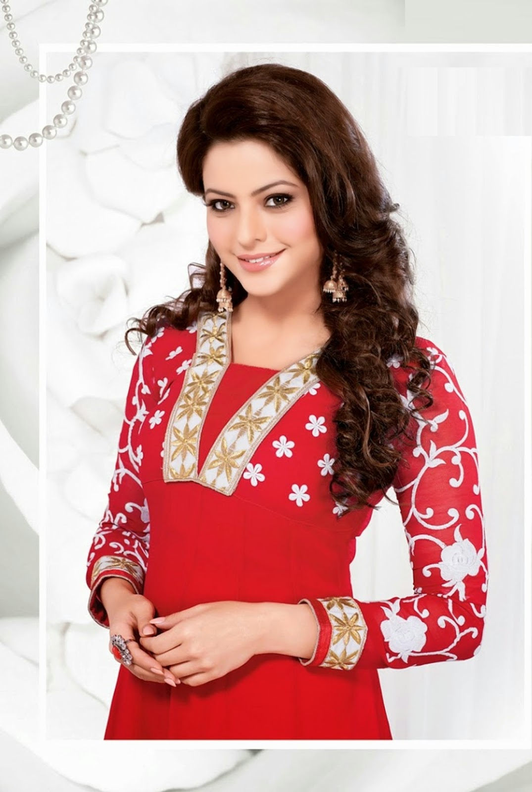 Very Beautiful Blond Teen Girl With: Very Beautiful And Smart Aamna Sharif Image Download