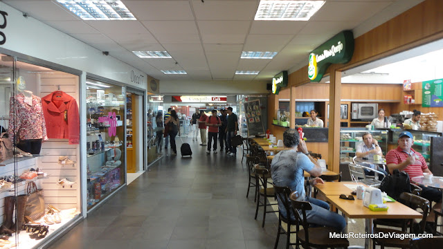 Lojas e cafés no Aeroporto Internacional Hercílio Luz - Florianópolis