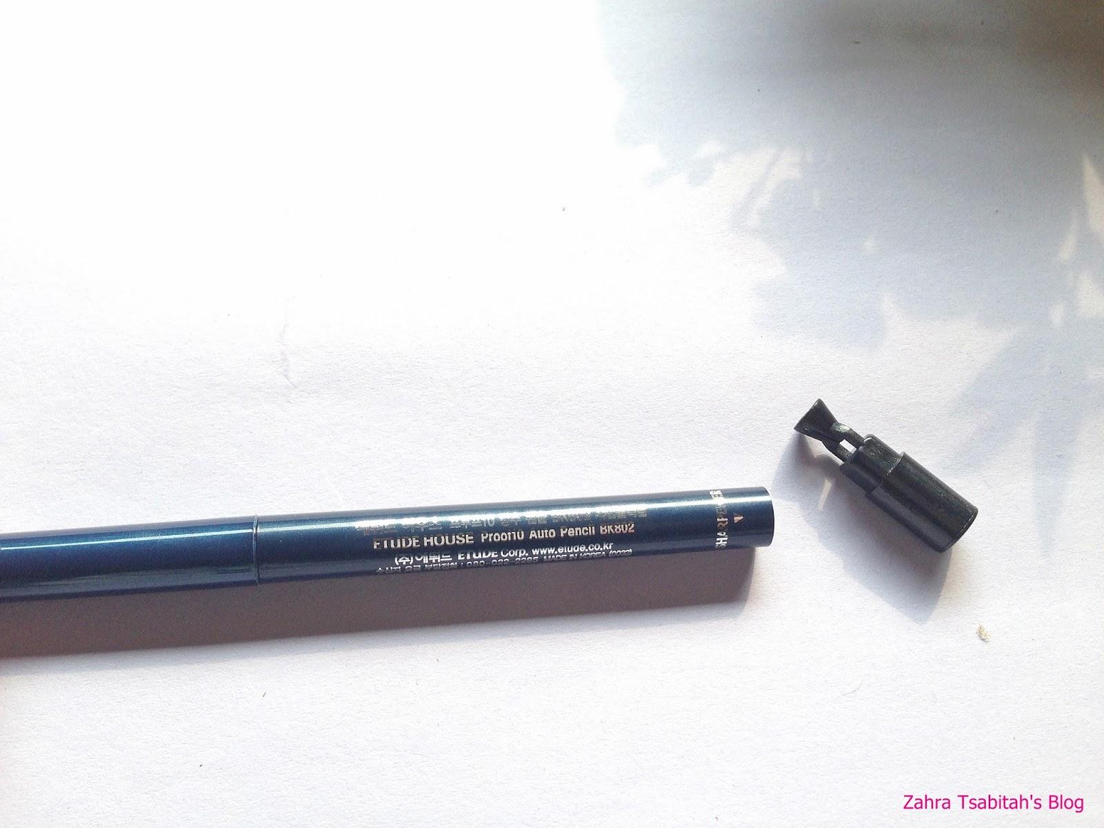 Zahra Tsabitahs Blog Review Etude House Proof10 Auto Pencil Eyeliner Warna Putar Jadi Kalau Mau Dan Keluarin Eyelinernya Harus Hati Banget Jangan Bar Biar Nggak Patah Ya