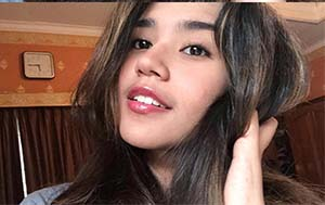 Biodata Azella Alhamid