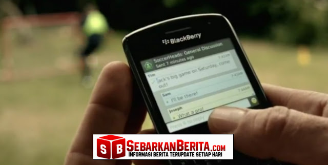 Lagi Asik Lihat HP Putrinya, Tiba - Tiba SMS yang Menghancurkan Hati Masuk, Begini Isi Smsnya ..