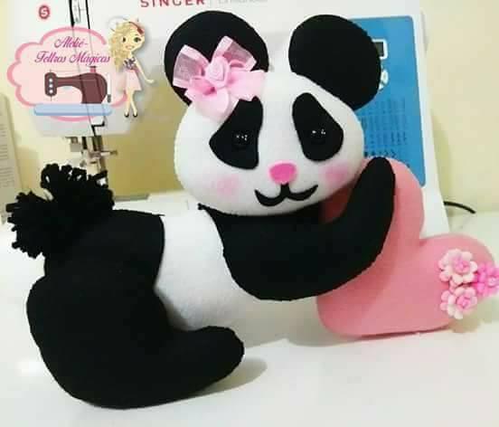 molde de ursinho panda com coração como fazer