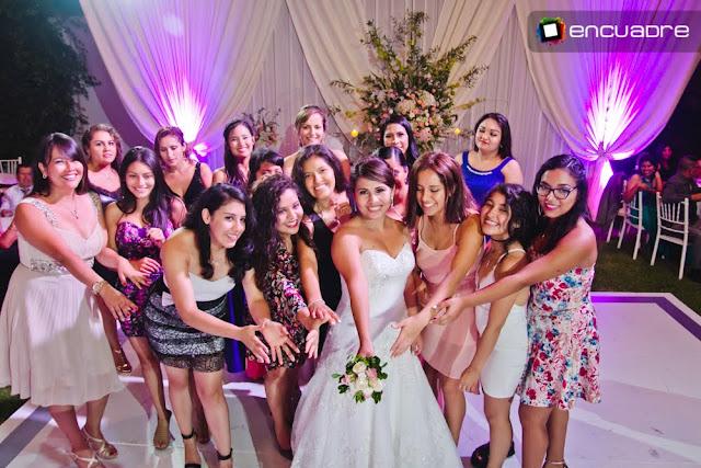 fotos de bodas recepcion novia