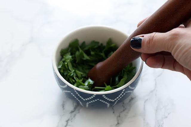 فائدة فوائد البقدونس للبشرة والشعر Parsley+Benefits+for