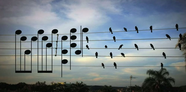 Νευροεπιστήμονες λένε ότι γινόμαστε πιο δημιουργικοί ακούγοντας μόλις 15 δεύτερα από αυτό το τραγούδι (vid)