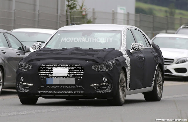 2017 Genesis G70 testing in German