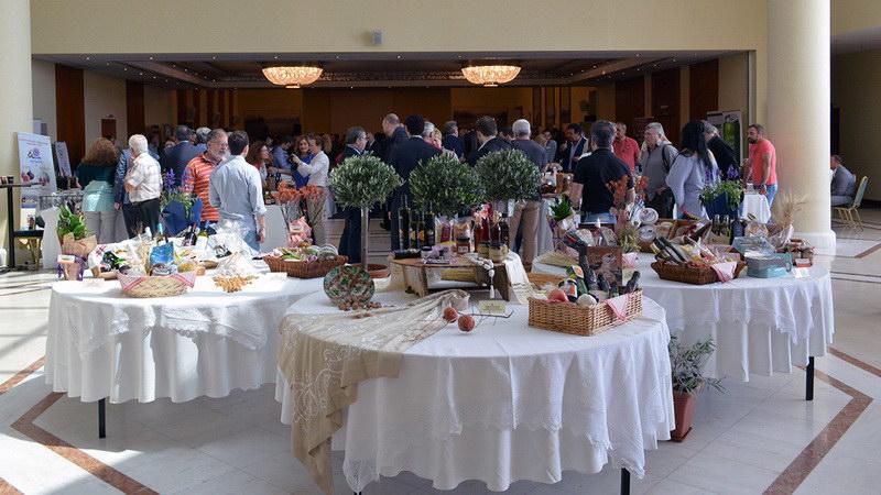 """26-27 Μαΐου στο Εκθεσιακό Κέντρο """"Απόστολος Μαρδύρης"""" στη Ν. Καρβάλη θα διοργανωθεί η 3η SYNERGIA Ενδοπεριφερειακής Προώθησης Τοπικών Προϊόντων του Διατροφικού Τοιιέα της Περιφέρειας ΑΜ-Θ."""