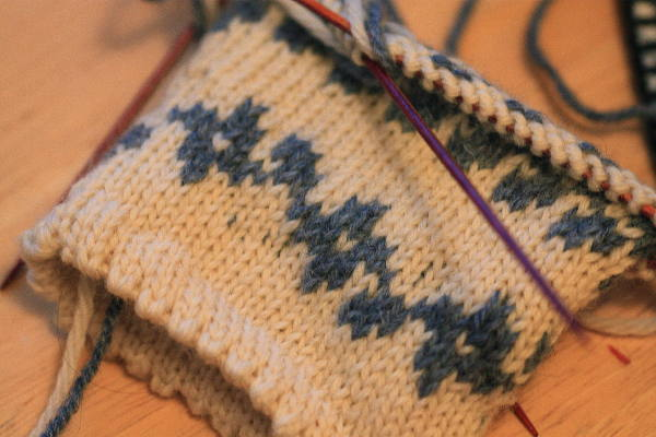 Knit, Click, & Stir: A Mile of Fair Isle (Help! I'm Stranded!)