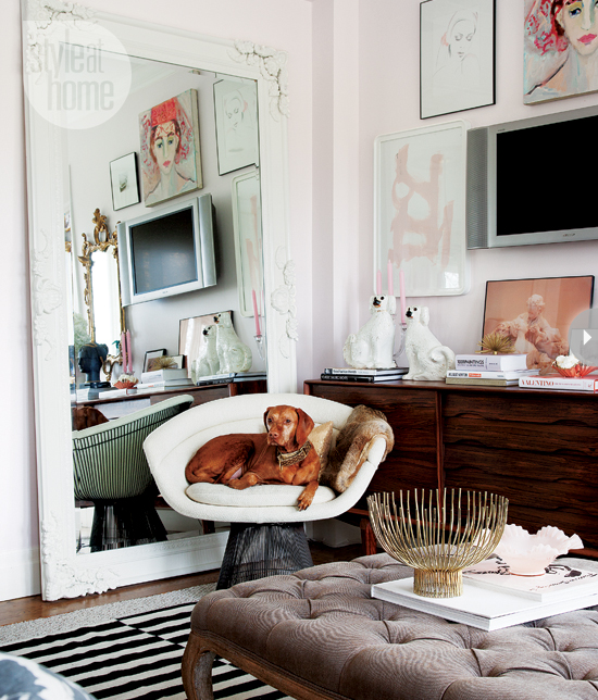 10 Blogs Every Interior Design Fan Should Follow: Mix And Chic: Home Tour- A Girly And Glamourous Ontario Home