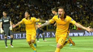Fernández marcó a los 37 del primer tiempo el gol con el que el Canalla abrió el marcador y Herrera anotó el segundo para los de Coudet a los 41. Benedetto descontó en el último minuto del encuentro.