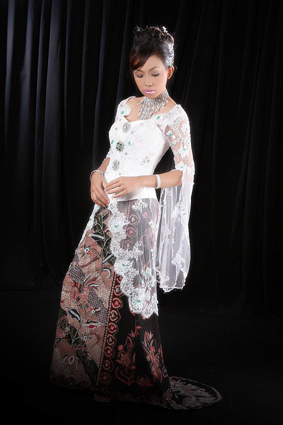 Foto Kebaya Pengantin: Koleksi Model Kebaya Pengantin Modern 2013 + Foto