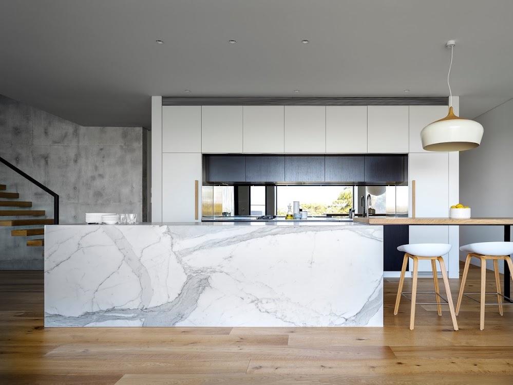 wooden-floor-marble-kitchen