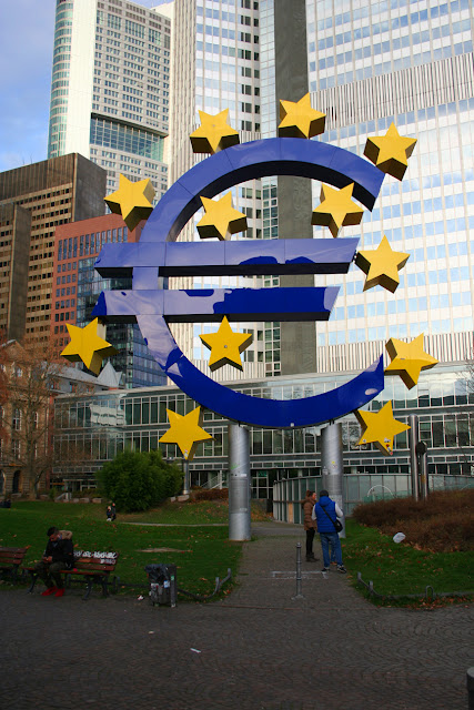 Euro symbol in Frankfurt's financial district, Germany
