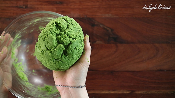 Dailydelicious Green Tea Scones