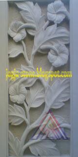 relief bunga sepatu