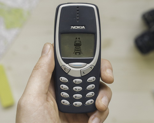 Tinuku.com Nokia 3310 mobile phone rumored to revived presents simple design and strong construction