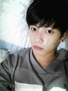 New Photos Jungkook Bangtan Boys Lying without make up