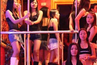 taylan kızları barda,taylan kız,tayland eğlence