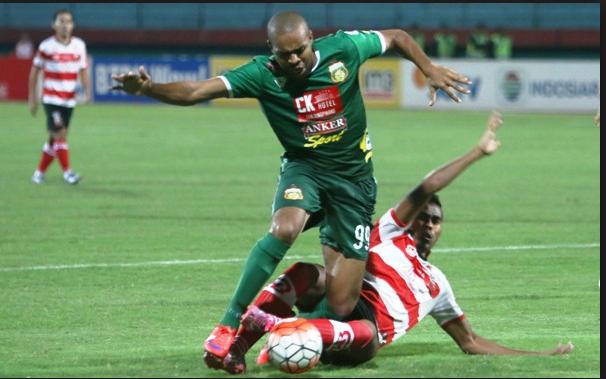 Madura United vs Bhayangkara FC