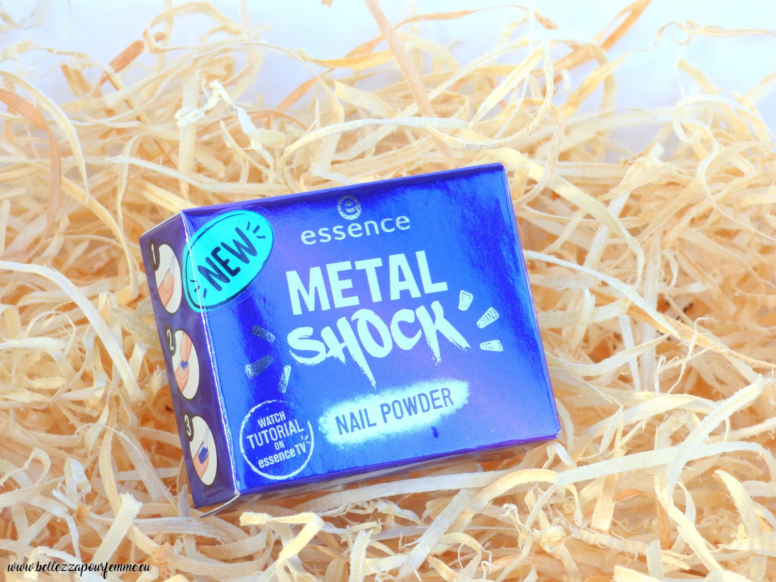 Metal Shock Nail Powder Essence