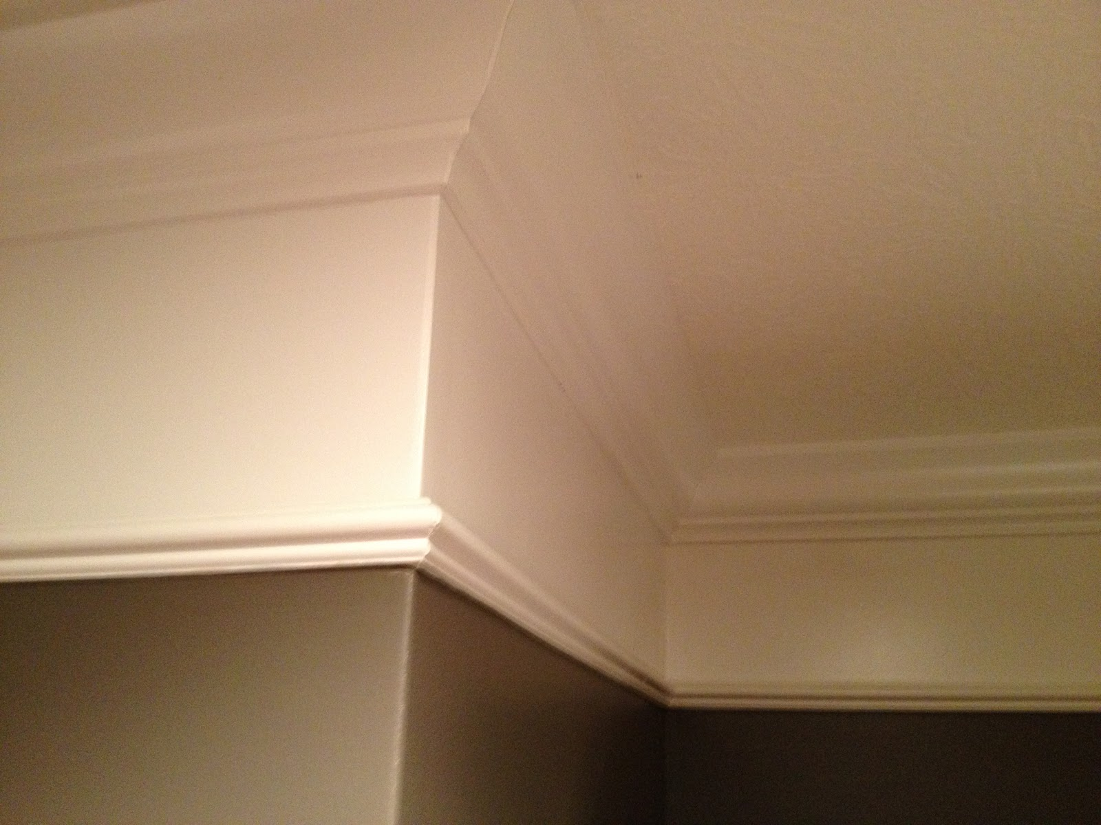 Wall to Ceiling Crown Molding