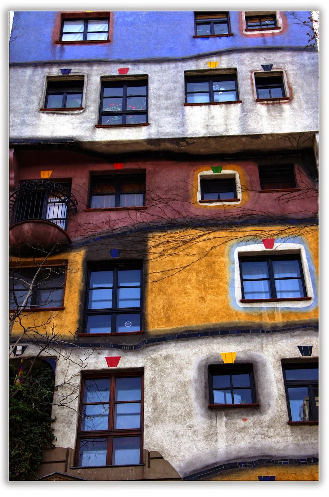Friedensreich Hundertwasse, Vienna - Hundertwasserhaus