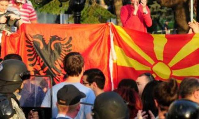 Οι Αλβανοί των Σκοπίων μιλάνε για διαχωρισμό του κράτους και πιθανή επέμβαση του ΝΑΤΟ