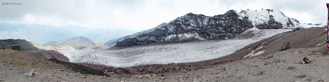 The glacier on the way to Bethlemi Hut