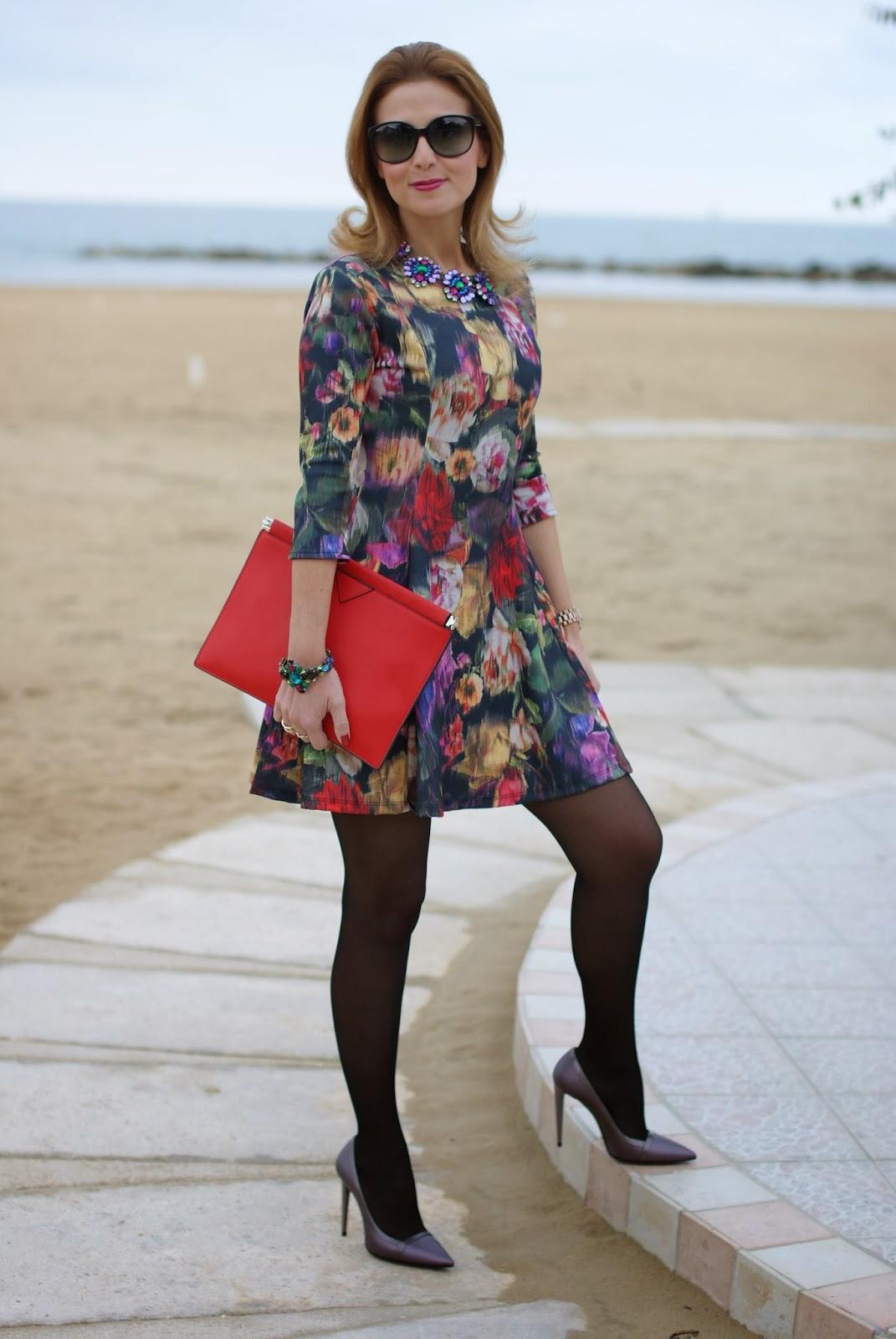 floral dress, Zara red clutch, Fabi shoes, Mercantia gioelli, Fashion and Cookies, fashion blogger