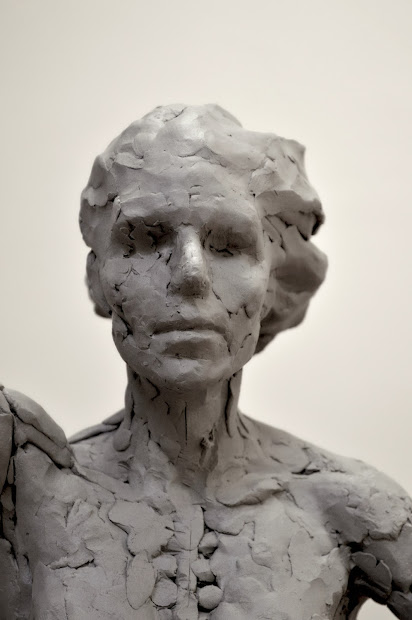 Figurative Sculpture - Melanie Furtado Sculpting Female