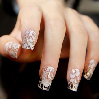 Efectos calcomanías en las uñas en 3d