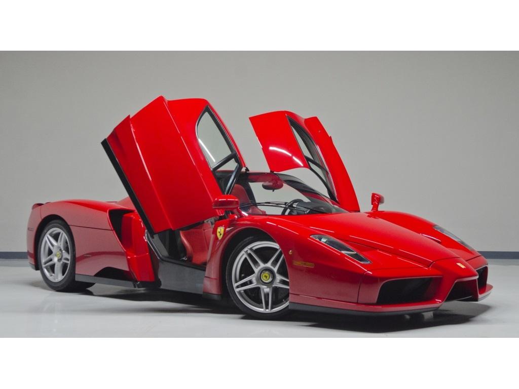 Ferrari Enzo 2003 thực sự là một siêu xe tuyệt đẹp của Ferrari
